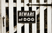 beware-of-dog-fence-sign-thumbnail